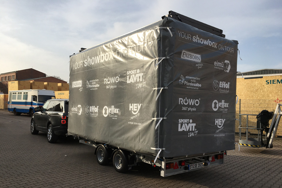effax_outdoor_mobile_booth_modulbox_trailer