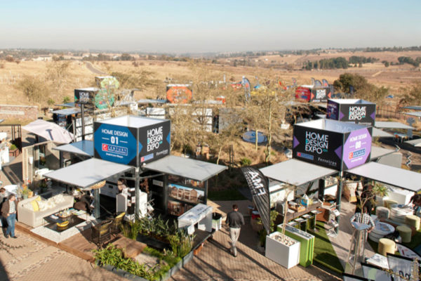 modulbox-village_promotional_outdoor_mobil_booth