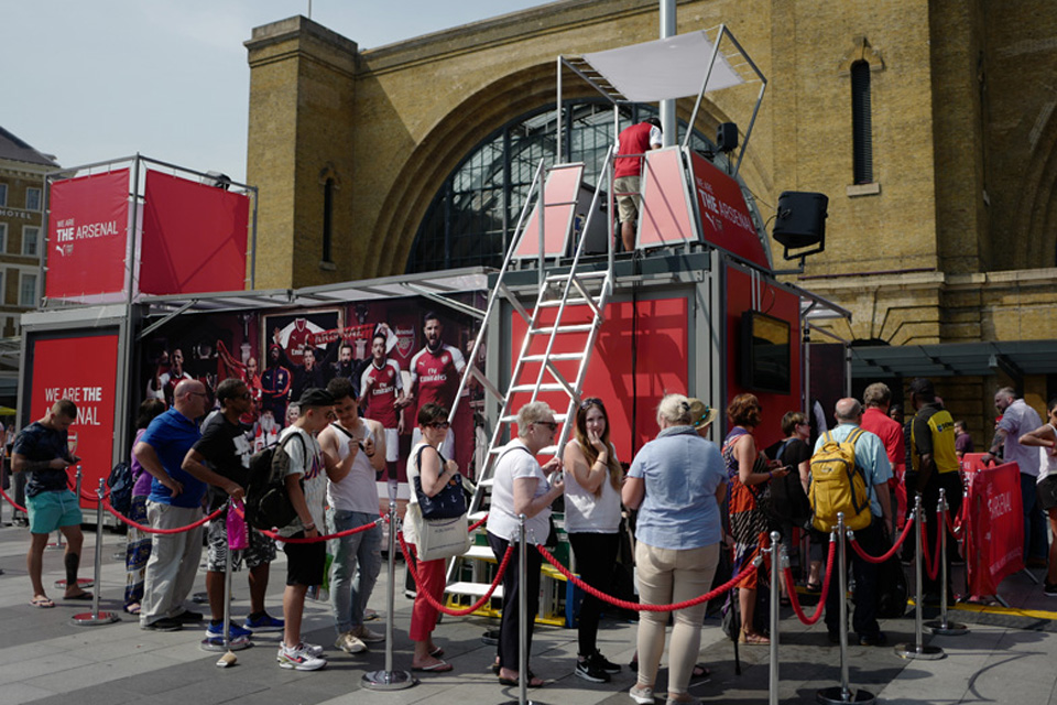dj-stand_mobile-booth_roadshow_festival_arsenal_3