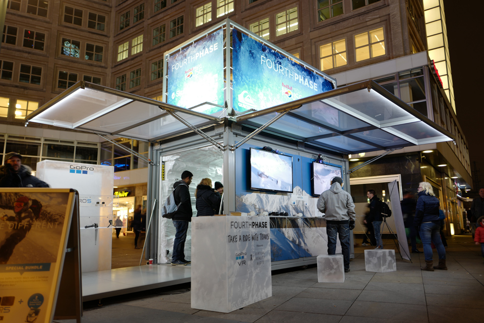 lighting-outside_lighted-roof-headers_modulbox_outdoor-indoor-mobile-booth