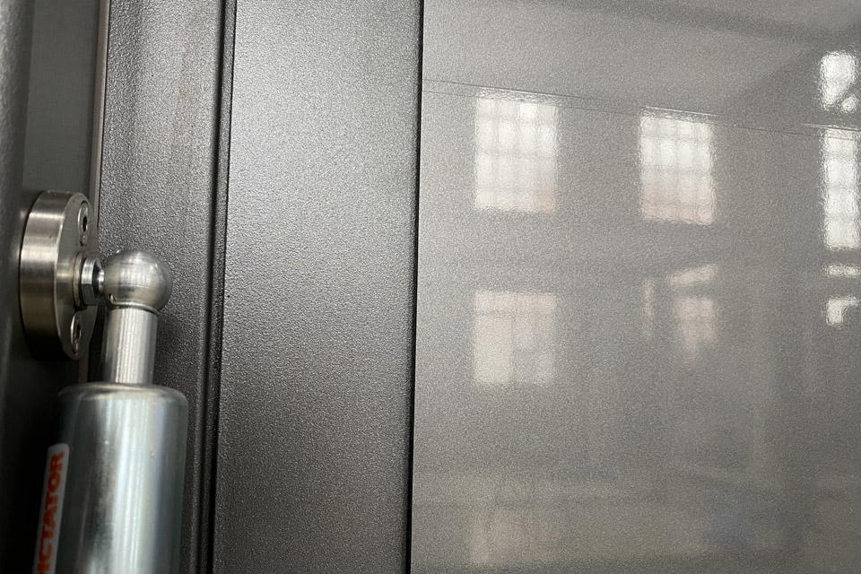 metalic-frame_modulbox_outdoor-mobile-booth