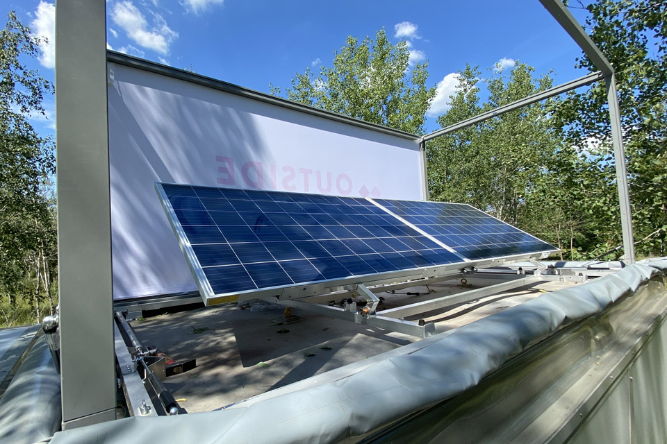 solar-panel_details_modulbox_outdoor-mobile-booth_coworking-space-in-nature_outside-society